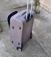 kofer sivi