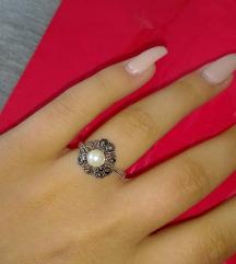 Prsten NOV