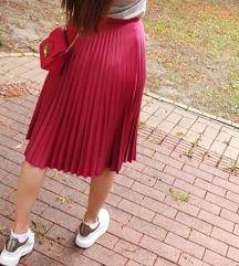 Trazim ovakvu suknju za razmenu