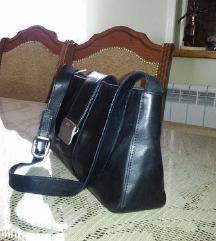 MONA crna kozna torba kao nova