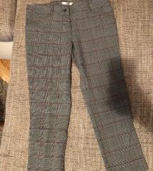 Pantalone karirane