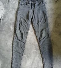 Pojebane ženske pantalone