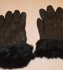 Crne rukavice sa cica macom