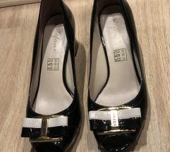 Lakovane cipele