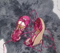 Bata 36 sandale