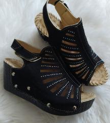Nove sandale 36 preudobne
