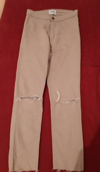 Bež pantalone + top majca rasprodaja