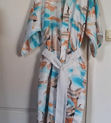 Kimono Lotus
