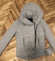 Nova jakna xs snizena 1000