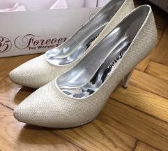 Cipele na stiklu Novo snizeno