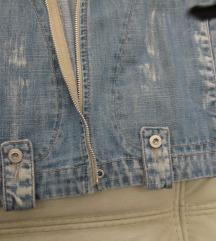 73. Tiffany teksas jakna, ruska kragna
