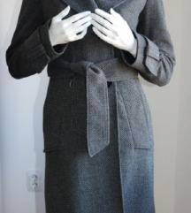 Sivi kaput 34