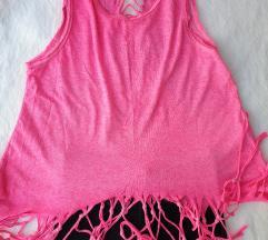 Roze majica sa resama