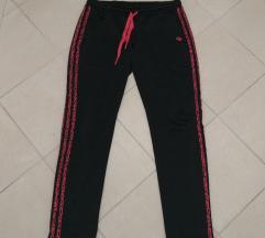 Adidas original zenska trenerka velicina L