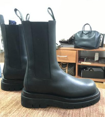 Bottega Veneta boots NOVE original cizme