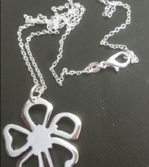 Srebrna ogrlica i privezak cvet 925