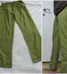 Muske sportske pantalone-trenerka