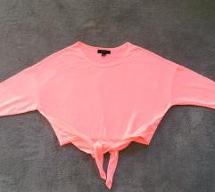 Atmosphere pink crop baggy majica