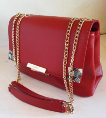 NOVA crvena torba sa zlatnim lancem