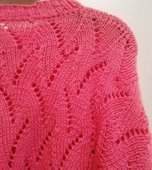 Ručno rađeni vuneni džemper u lepoj ciklama boji