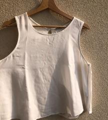 Bela letnja bluza sa čipkom