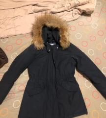 nova teget jakna sa pravim krznom