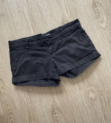 Crni šorts