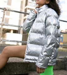 Srebrna zimska jaknica