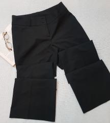 * Basic crne pantalone *