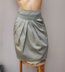 Krem suknja Designed