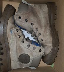 Crni petak. Paladium kožne cipele