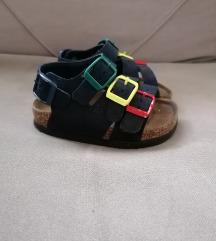 Grubin dečije sandale
