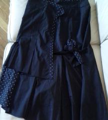 %6.000- Crna atraktivna Promod suknja