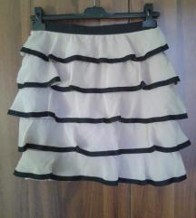 H&M suknja karneri