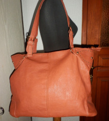 NOVA meka prostrana naranžasta torba