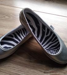 Nike srebrne baletanke