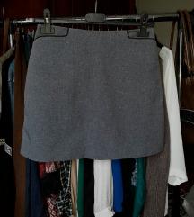 Hennes suknja