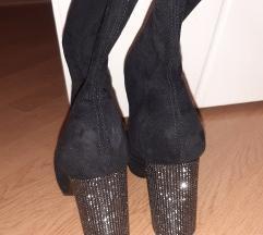 Nove kratke čizme sa šljokicama