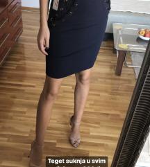 Teget suknja sa visokim strukom