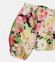 Skroz nov Zara floralni top  XS
