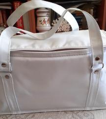 Bela praktična torba, nekorišćena