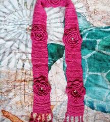 Roze šal cvetovi cirkoni nekorišćen sniženje