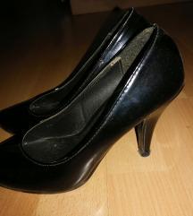 Lakovane cipele(štikle)