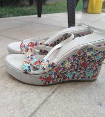 Nove Bagatt sandale
