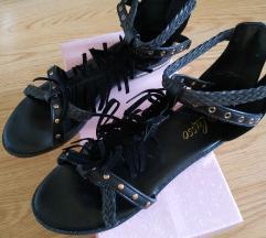 Crne sandale rimljanke Snizeneee