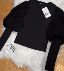 Zara crna bluza sa balon rukavima NOVA sa et