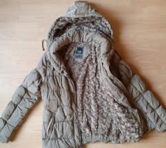 Kvalitetna topla zimska jakna