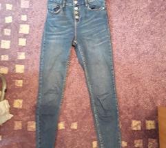 Pantalone nove sinsay