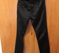Crne satenske pantalone