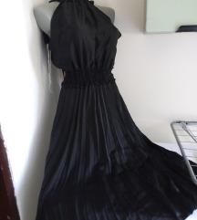 Nova crna plisirana haljina M